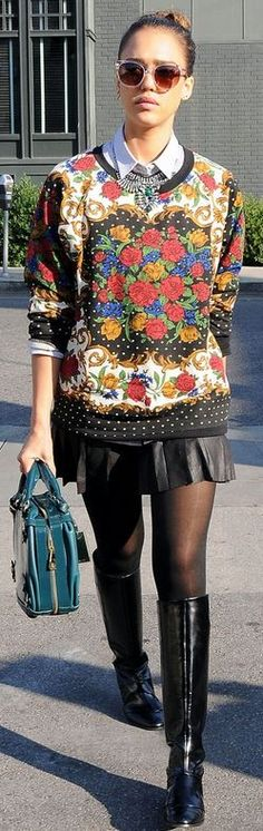 Who made  Jessica Alba's floral print sweatshirt?