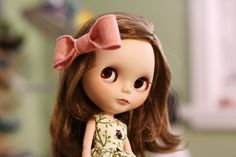 Hair Bows Tutorial by Oh Strumpets & Blythe Too