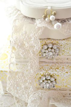 Beautiful~Embellished boxes~Dripping in Lace & Pearls~❥