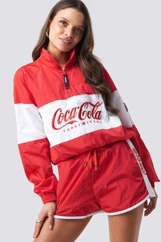 Tommy Jeans Tommy x Coca Cola Jacket Coca Cola Tommy Hilfiger, Pop Fashion, Fashion Outfits, Marken Logo, Korean Fashion Trends, Colourful Outfits, Models, Jean Outfits, Cute Shirts