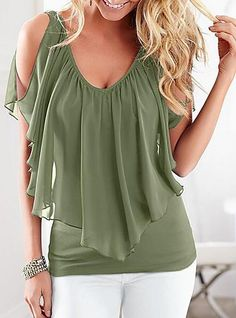 47 Plus Size Blouses To Copy Right Now 2019 - Fashion Moda 2019 Plus Size T Shirts, Plus Size Blouses, Chic Outfits, Fashion Outfits, Fashion Blouses, Women's Fashion, Fashion Trends, Fitness Video, Mode Top