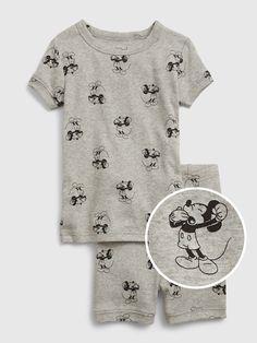Disney Baby Clothes Boy, Baby Disney, Mickey Mouse Outfit, Disney Mickey Mouse, Little Girl Outfits, Toddler Girl Outfits, Baby Boy Pajamas, Girls Clothes Shops, Child Safety