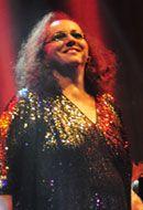 """A cantora Cida Moreira apresenta seu mais recente álbum, """"A Dama Indigna"""", num show no Teatro do Senai São Bernardo do Campo, do Sesi, sábado, 30, às 20h. A entrada é Catraca Livre. O disco traz o mesmo tom da cantora dos anos 1980, com sua voz vigorosa acompanhada pelo som do piano. Como intérprete,...<br /><a class=""""more-link"""" href=""""https://catracalivre.com.br/geral/agenda/barato/cida-moreira-se-apresenta-em-sao-bernardo-do-campo/"""">Continue lendo »</a>"""