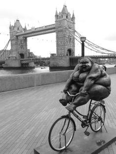 Chubby Women exhibition at Riverside in London (June 2014) - Photo taken by BradJill