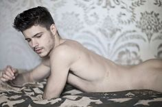 Matthieu+Charneau+Sexy+Bup+Mag+Burbujas+De+Deseo+015.jpg (1100×733)