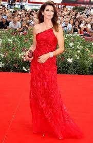 #CindyCrawford in 68th Venice Film Festival #VENICEfilmfestivalawards2016 #VENICEfilmfestivalawardsdresses #VENICEfilmfestivalawardsbeautifuldresses