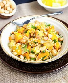 Tropical Quinoa Bowl - A taste of the tropics that is a little bit sweet a little bit crunchy and a whole lot of healthy! Veggie Bowl, Quinoa Bowl, Quinoa Salad, Quinoa Recipe, Veggie Recipes, Salad Recipes, Vegetarian Recipes, Healthy Recipes, Free Recipes