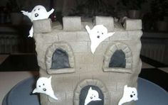 Torte di Halloween per tutti i gusti - Castello pauroso dolce