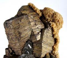Pyrrhotite with Fluorite and Calcite