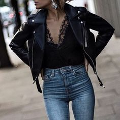 """3,486 Likes, 22 Comments - Street Style Italy (@street_style_italy) on Instagram: """"@isabelselles For shopping link in bio"""""""
