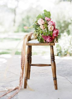 Dreamy garden rose bouquet with rustic ribbon: http://www.stylemepretty.com/2015/08/25/romantic-berry-pink-sonoma-wedding/ | Photography: Josh Gruetzmacher - http://www.joshgruetzmacher.com/