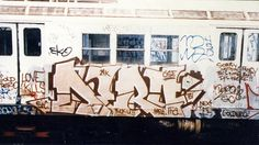 The World's Best Photos of dero and oldschool Graffiti History, New York Graffiti, Street Art Graffiti, New York Subway, Nyc Subway, Subway Art, Famous Graffiti Artists, Spray Can Art, Street Art News