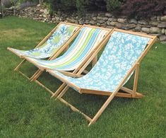 Ana-White is amazing - Folding adult sized wood sling chair, also known as wood beach chairs or deck chairs. Folds flat for storage, opens up for easy relaxation! Adjusts to three positions for customized reclining.