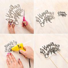 ❤❤❤ HOCHZEIT - Essen & Trinken You can make a custom wedding cake topper using printable Shinky Dink Diy Cake Topper, Birthday Cake Toppers, Cake Topper Tutorial, Cupcake Toppers, 18th Birthday Party, Diy Birthday, Cake Birthday, Birthday Gifts, Party Deco