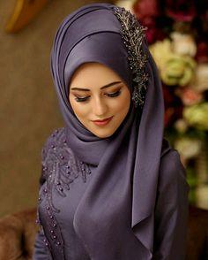 Fancy Hijab Accessories Fashion for Formal Function – Girls Hijab Style & Hija. Fancy Hijab Accessories Fashion for Formal Function – Girls Hijab Style & Hijab Fashion Ideas Square Hijab Tutorial, Hijab Style Tutorial, Bridal Hijab Styles, Hijab Wedding Dresses, Prom Dresses, Muslim Dress, Hijab Dress, Hijabs, Estilo Abaya