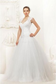 Ball Gown Elegant Sweetheart Appliques and Tulle Wedding Dresses