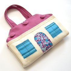 Fabric doll house Portable travel dollhouse Doll purse Doll