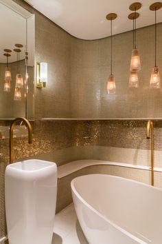 São Paulo ganha o banheiro público mais luxuoso que você já viu - Casa. Bathrooms - Baños, banho, banheiro, banheiro público.