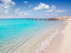 How lovely is Formentera Places Around The World, Oh The Places You'll Go, Travel Around The World, Places To Visit, Around The Worlds, Ibiza Strand, Ibiza Formentera, Ibiza Beach, Balearic Islands