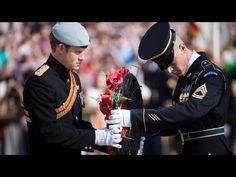 Prince Harry places a wreath at the Tomb of the Unknowns in Arlington National Cemetery. Prince Harry Of Wales, Prince Henry, Prince Harry And Meghan, Usa Doctor, Unknown Soldier, Polo Match, National Cemetery, Sky News, Poses For Pictures