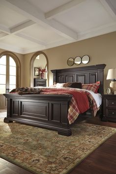 Wood bedroom furniture - 15 How to Nail Tuscan Nuance in Your Bedroom House The Design Wood Bed Design, Bedroom Bed Design, Bedroom Sets, Bedroom Colors, Bedroom Decor, Wood Bedroom Furniture, Wood Beds, Suites, Interior Design