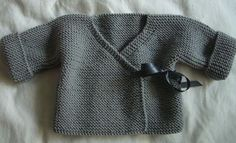 Brassière cache-coeur nouée avec un ruban