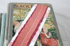 pleated-bookmark