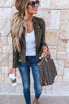Tendance/Mode hiver 2018-2019 Marre de chercher des idées de tenues ? Voici des idées de look tendance pour vos tenues du quotidien ! #look #hiver #casual #tendance #femme #shopping#online #mode #idées #tenues #style