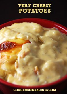 Very Cheesy Potatoes - Perfect for cheese lovers! Yum!