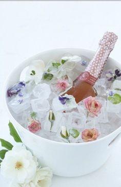製氷皿で◯◯もアイスキューブに♪ドリンクにも料理にも賢く使う13のアイデア| iemo[イエモ]