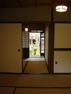 Former residence of Naoya Shiga (Japanese novelist) Hyogo, Shiga, Wakayama, Nara, Japanese, Windows, Furniture, Home Decor, Homemade Home Decor