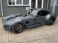 AC Cobra : carpornYou can find Muscle cars and more on our website. Custom Muscle Cars, Custom Cars, Classic Muscle Cars, Classic Cars, Best Muscle Cars, Classic Trucks, Timeless Classic, Bmw Autos, Best Luxury Cars