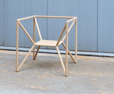 Odd but really nice looking chair. Designer Thomas Feichtner