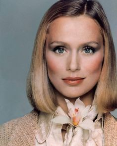 Lauren Hutton 1975
