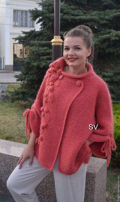 Garter stitch Cardigan sweater with applique Crochet Coat, Crochet Cardigan Pattern, Knitted Coat, Crochet Jacket, Sweater Knitting Patterns, Knit Jacket, Knit Patterns, Crochet Clothes, Knit Cardigan
