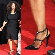 Celebrities are just people, and they suffer from bunions too. We present 40 ultra-famous women, all of whom unfortunately suffer from bunions. Fashion Fail, Fashion Advice, Fashion Models, Women's Fashion, Fashion Clothes, Fashion Dresses, Celebrity Outfits, Celebrity Feet, Celebrity Style