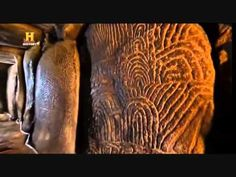 Tour of Gavrinis Cairn and Dolmen, 2004 - YouTube