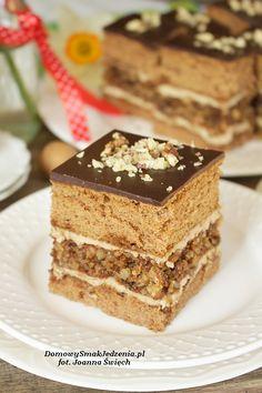 ciasto z orzechową wkładką i nutką kawy | Domowy Smak Jedzenia .pl Polish Desserts, Polish Recipes, Polish Food, Sweet Recipes, Cake Recipes, Quick Easy Dinner, Food Cakes, Piece Of Cakes, Vegan Baking