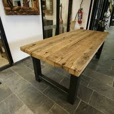 Altholz Esstisch design esstisch mit baumkante akazie massiv jetzt bestellen unter