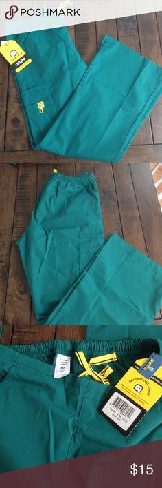 Wink scrub bottom Hunter green wink scrub pants size medium petite. Pants Boot Cut & Flare