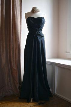 Vintage 40/'s Junior Theme Evening Gown Black /& White Beaded Medium