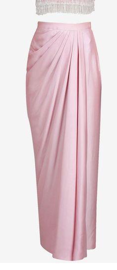 ideas for skirt long pink outfit – Hijab Fashion 2020 Kebaya Hijab, Kebaya Dress, Dress Pesta, Kebaya Muslim, Model Kebaya Modern Muslim, Kebaya Pink, Kebaya Modern Hijab, Dress Brokat Modern, Kebaya Brokat