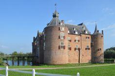 Ammerzoden (Gelderland) - Ammersoyen Castle / Schloss Ammersoyen / Château d'Ammersoyen