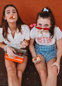 Look Your Best With This Fashion Advice Best Friend Photos, Best Friend Goals, Friend Pictures, Sisters Goals, Bff Goals, Bf Picture, Best Friend Photography, Emma Chamberlain, Friends Instagram