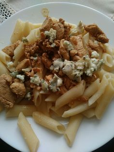 Penne, onion, chicken & blue cheese.