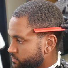 Black Boys Haircuts, Cool Haircuts, Haircuts For Men, African Men Hairstyles, Black Men Hairstyles, Waves Hairstyle Men, Waves Haircut, 360 Waves Hair, Short Hair Waves