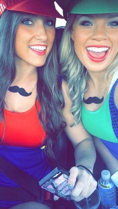 Super cute Mario and Luigi costumes!!