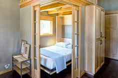 stunning tiny bedroom