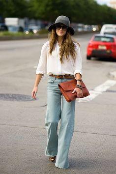 LOOK- Outfits con estilo Bohemio-Chic/Boho-chic style 70s Fashion, New York Fashion, Look Fashion, Autumn Fashion, Fashion Trends, Fashion Weeks, Milan Fashion, Daily Fashion, Street Fashion