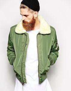 Bombers avec col effet peau de mouton d'Alpha Industries, 257,15€. Sélection des vestes pour affronter l'automne avec style - TheChemistry